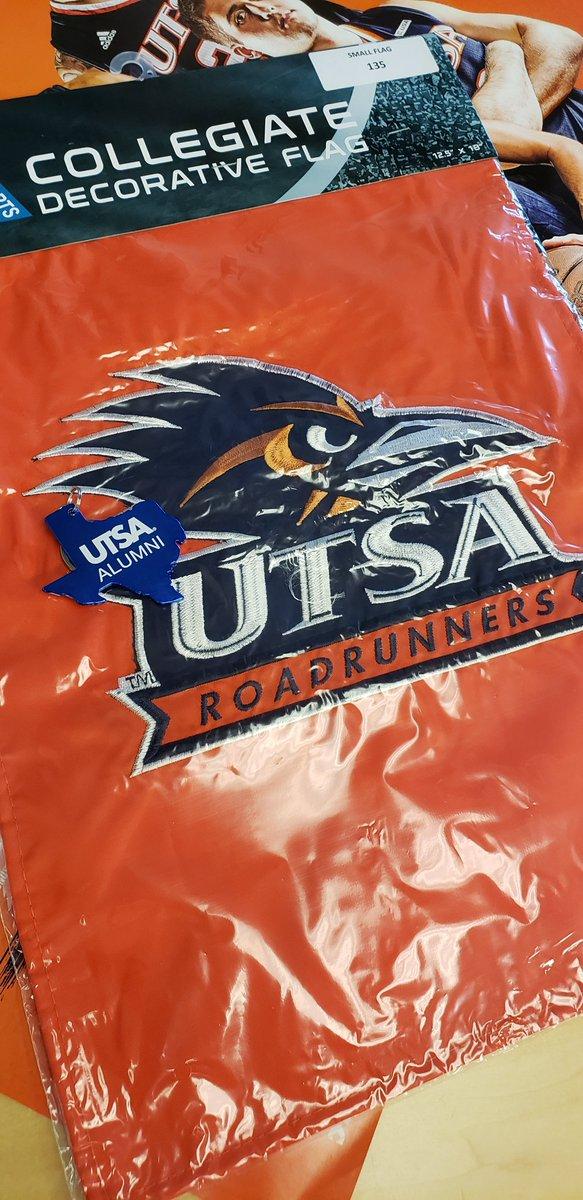 UTSA Alumni's photo on #NationalMakeAFriendDay