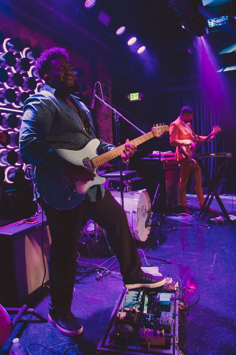 We would like to congratulate @PJMORTON on his #GRAMMYs WIN for Traditional R&B Performance for #HowDeepIsYourLove! Check out his guitarist/Gator artist #ShemaiahTurner rockin his G-TOUR PEDALBOARD-LGW. It's also #GetOutYourGuitarDay and what is more inspiring than this?!