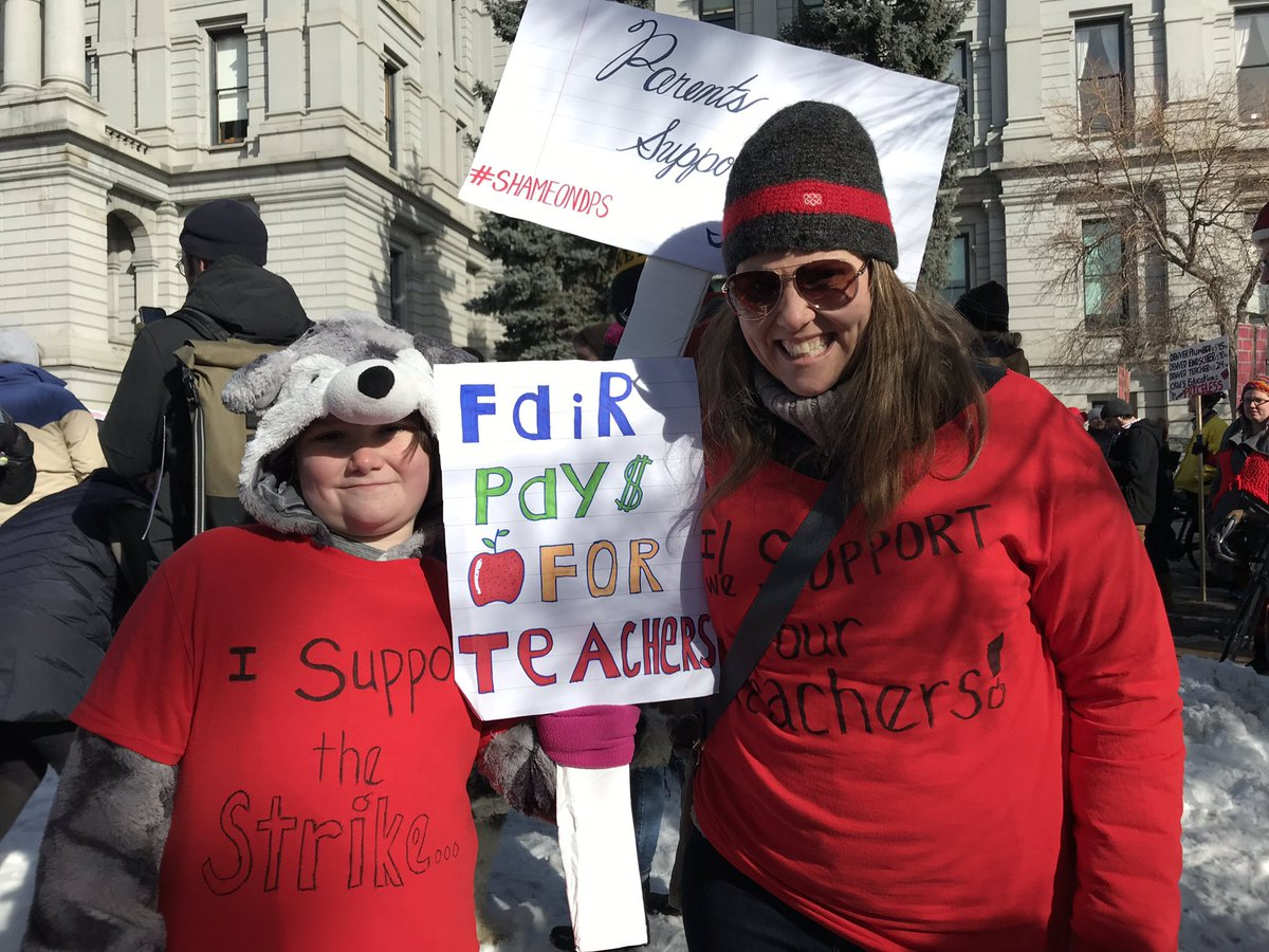 Stephanie Daniel's photo on #DenverTeacherStrike