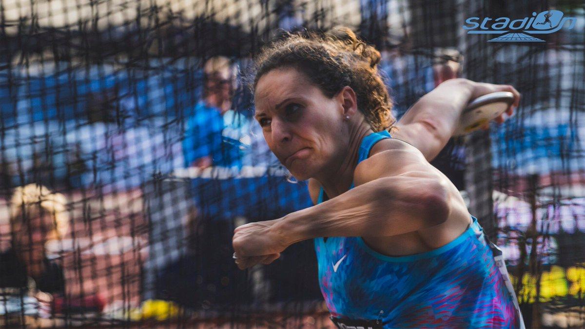 📝 La vice-championne olympique du disque Mélina Robert-Michon a fait sa rentrée dimanche à Vénissieux, huit mois après avoir donné naissance à sa deuxième fille ! #athlétisme  👉 https://stadion-actu.fr/melina-robert-michon-est-relancee/…
