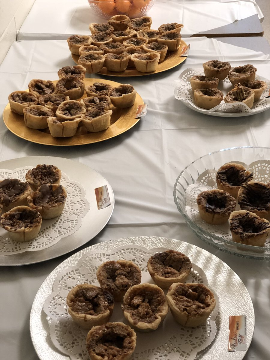 """""""That is the best spread of butter tarts I've ever seen.""""  @Niigaanwewidam Here's a before and after look. #Morningbreak"""