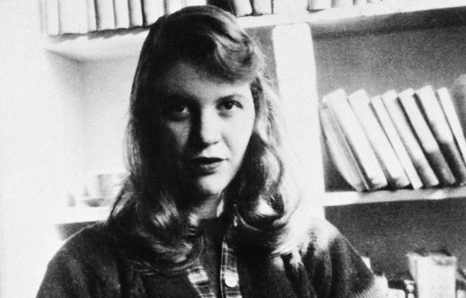 EL UNIVERSAL English's photo on Sylvia Plath