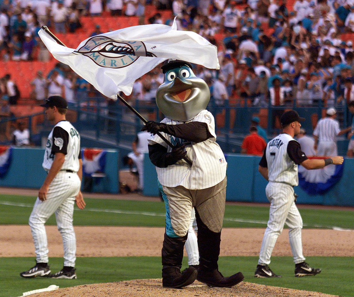 Billy the Marlin has a new look. Here's how Miami Marlins fans reacted. #10YearChallenge https://t.co/xbyVVW9c6c
