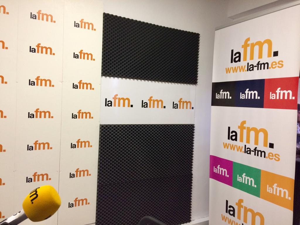 laFM Radio's photo on Ciência
