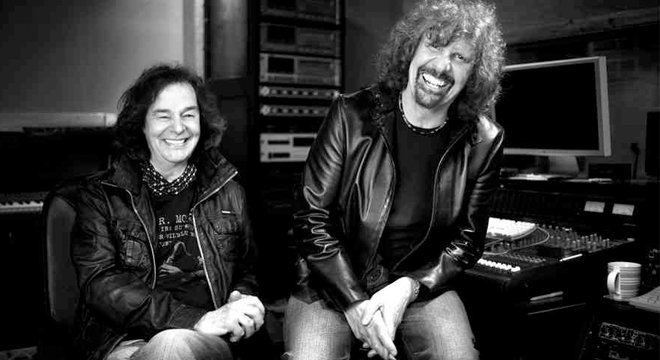My @sohoradio show featuring an interview with @ColinBlunstone1 & @zombierodargent and the music of The Zombies (@TheZombiesMusic ) can be heard by clicking this link: https://www.mixcloud.com/sohoradio/jim-sclavunos-11022019/…