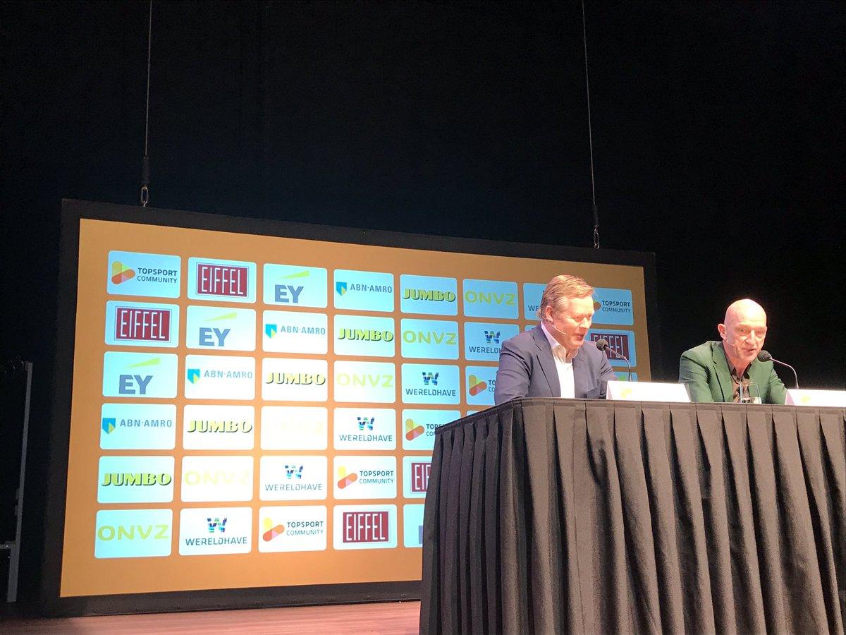 Ronald Koeman vertelt over een piekmoment en een faalmoment, beide in finales van de Europacup 1. Het verschil lag aan de scherpte van de spelers. #piekenenfalen