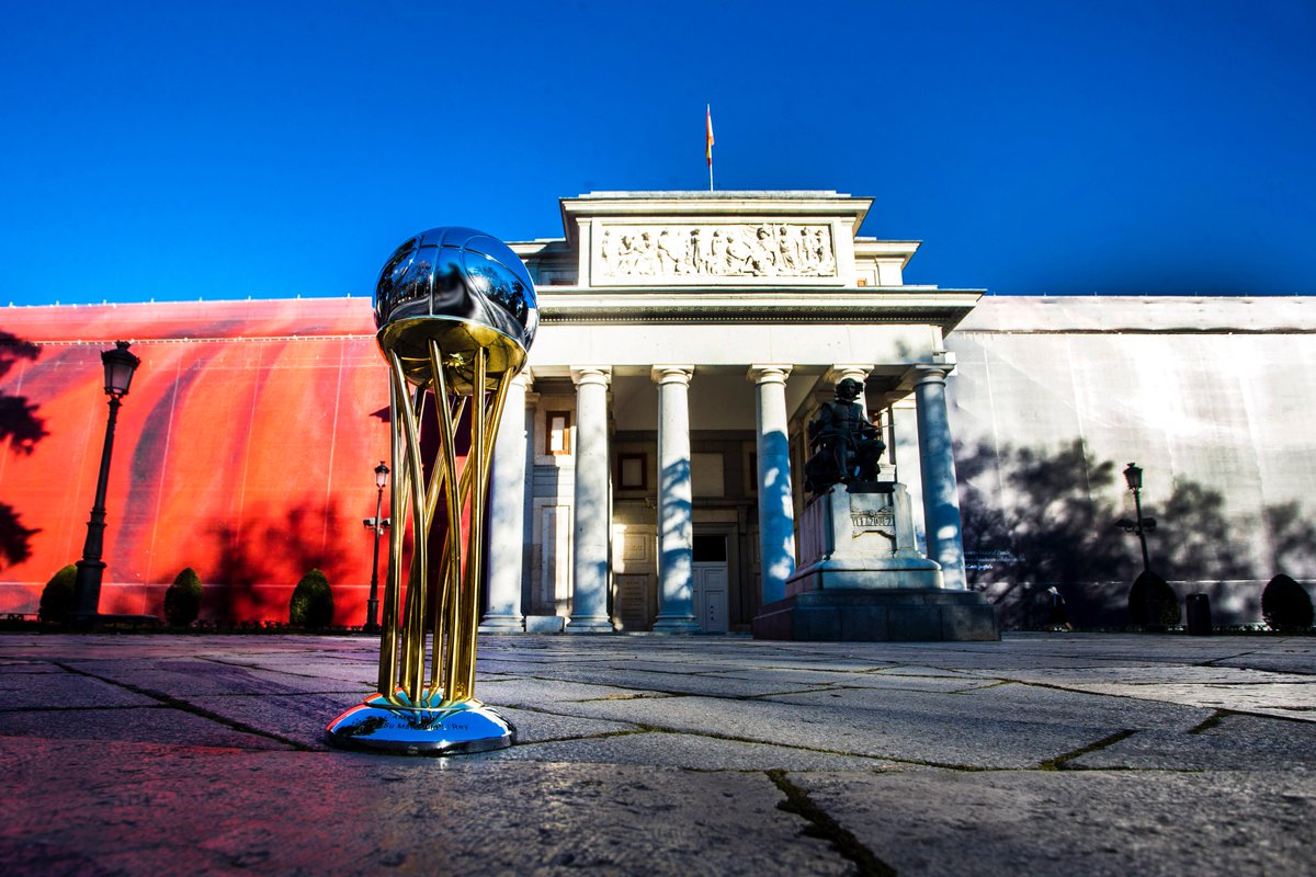 ElevenSportsUSA's photo on #PremiosGigantes