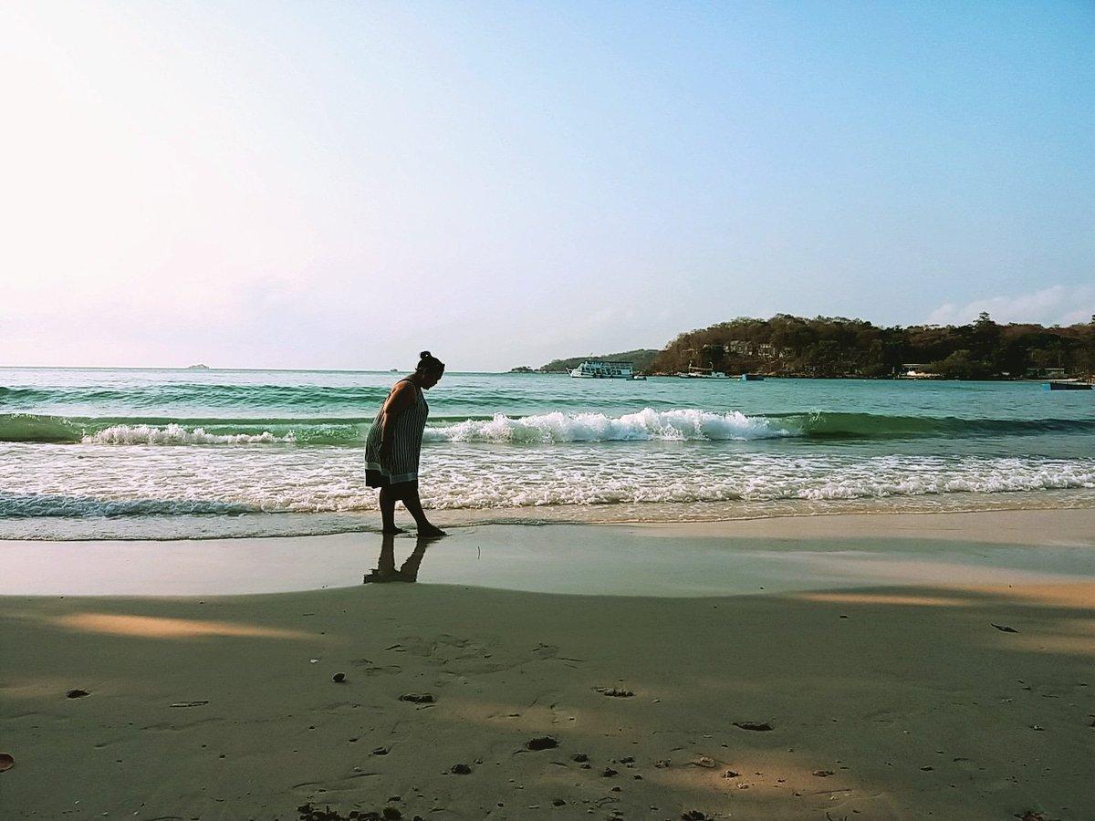 NattyFatty on Twitter: Good Morning from here.....  ☺💋🏖🏝⚓⛵🌞🕶👙  #ไปเสม็ดไม่เคยเสร็จจ้า555 #yuiko #yuikosweety #yuikoishappy #vocationtimes #natural #fattygirl #mylife #myworld #mypic #myphoto #myig #photomylife #photooftheday #kohsamed #samed #sea #sand #sun #Thailand…