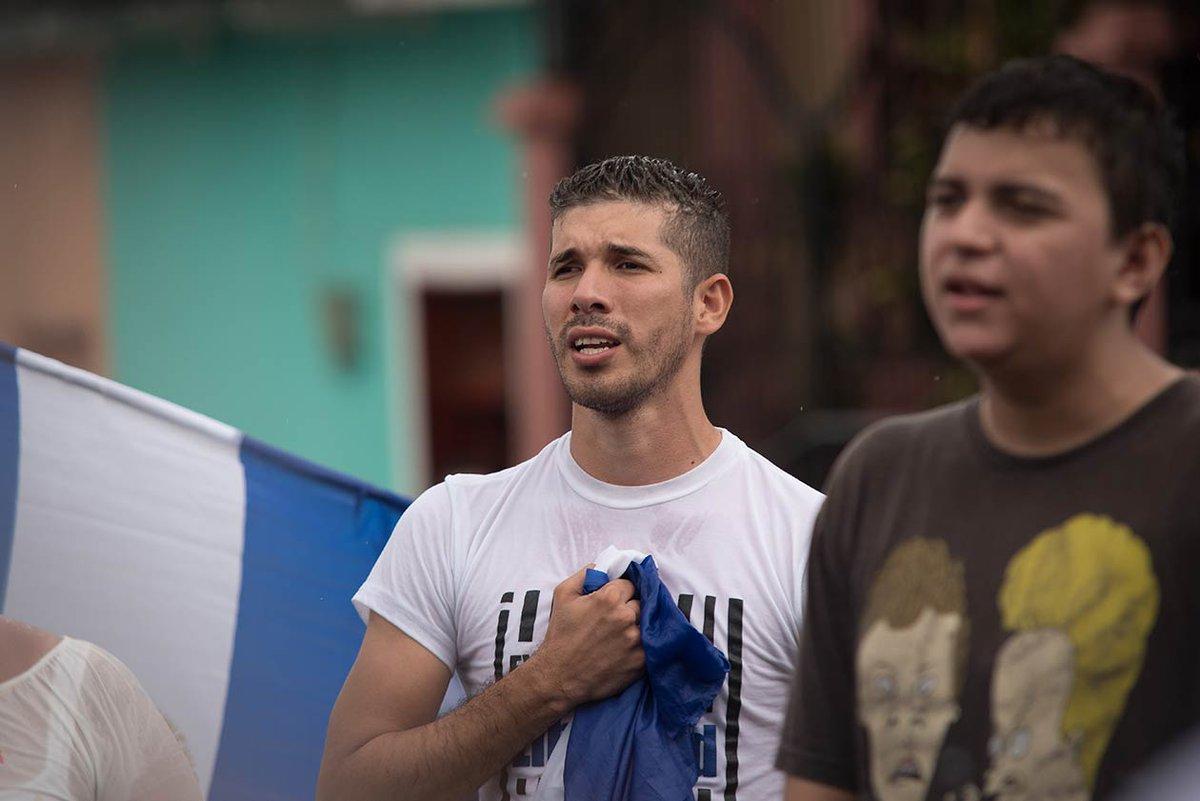Yader Luna's photo on Tras 28