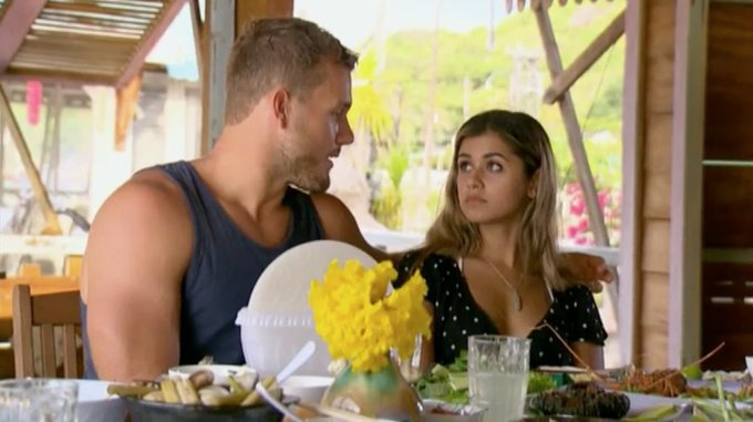 Bachelor 23 - Colton Underwood - Episode Feb 11th - *Sleuthing Spoilers* - Page 6 DzK9B0CWwAENa2d