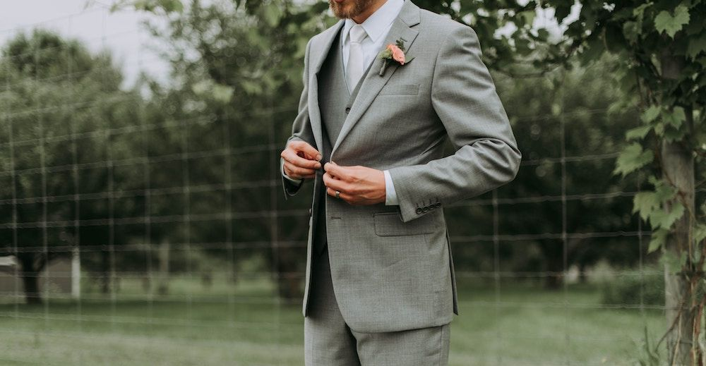 216ea41995 Here are the best places to rent  bigandtall tuxedos online from   menguintux