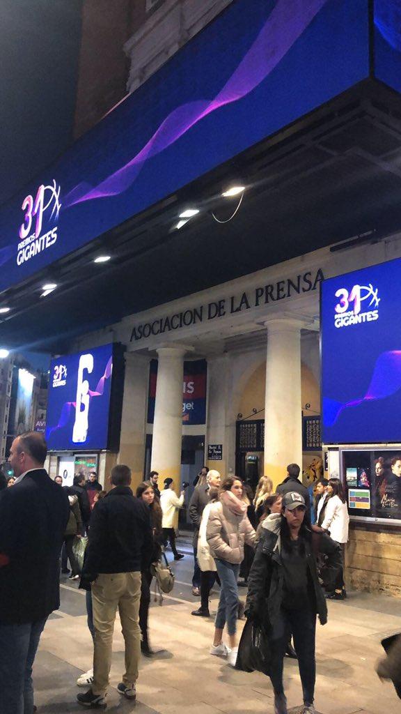 Eve Reillo's photo on #PremiosGigantes