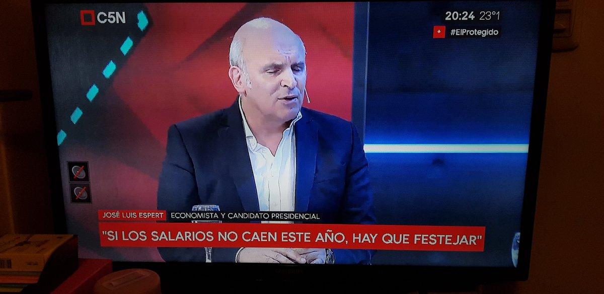 🎨🎓 GretaRomario✍️💚's photo on #elprotegido