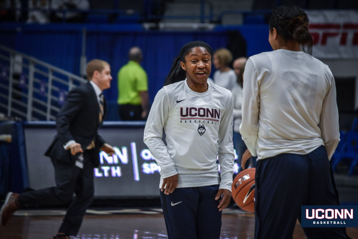 Looks like @UConnWBB is ready for the #WhiteOut ⚪  #BleedBlue