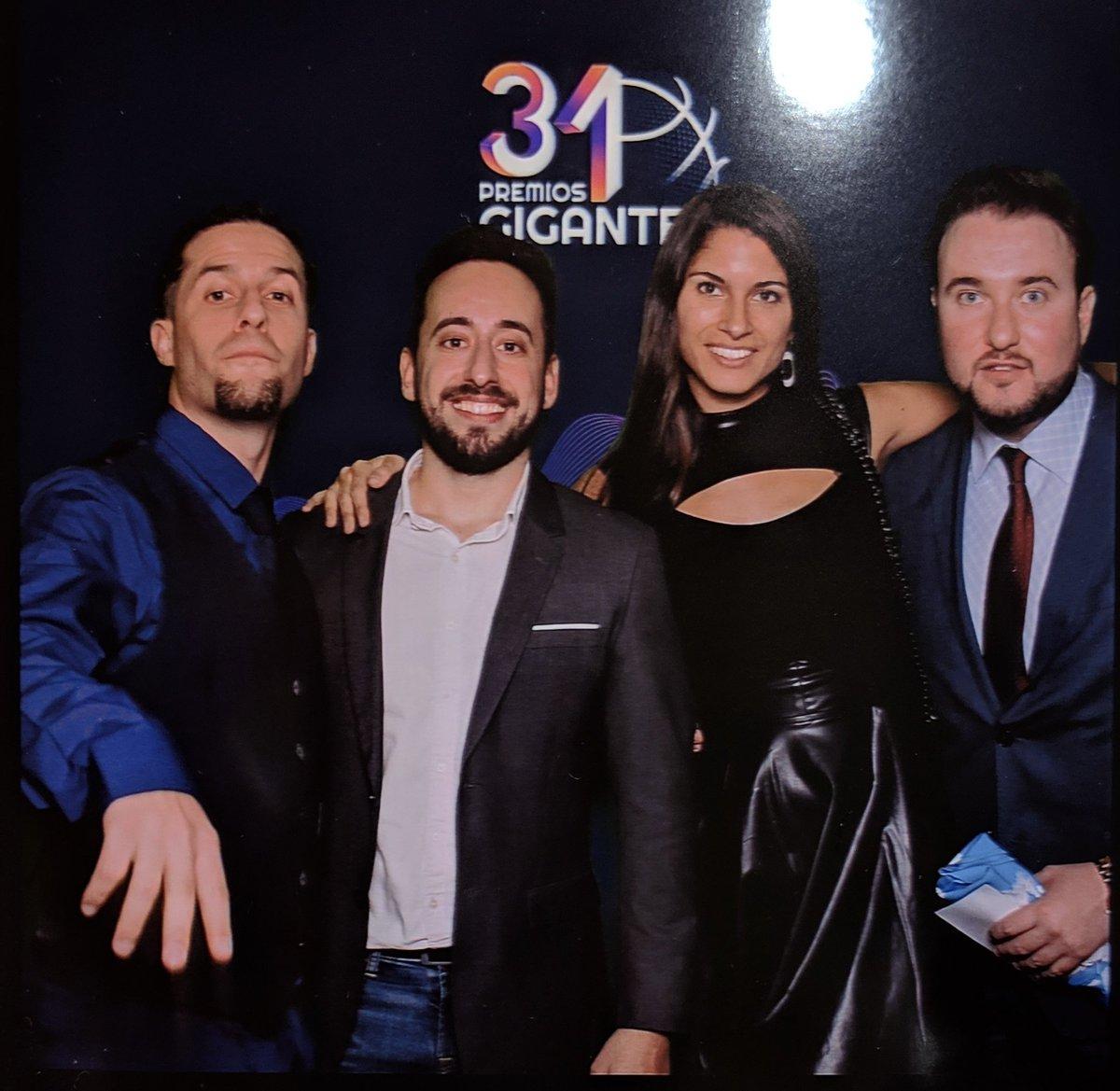 Carlos Villasante's photo on #PremiosGigantes