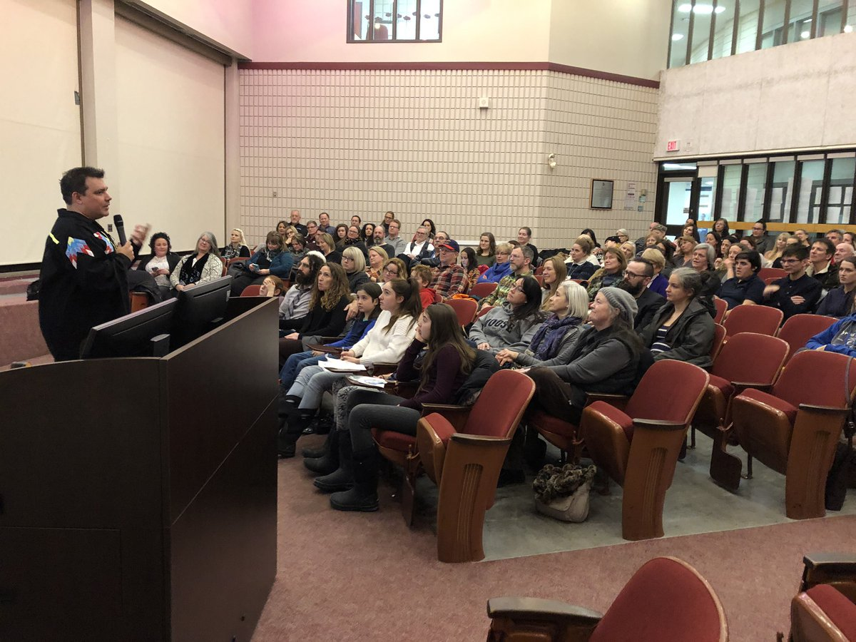 Another full house for @Niigaanwewidam community talk Truth and Reconciliation: We All Have a Role To Play @LoyalistCollege