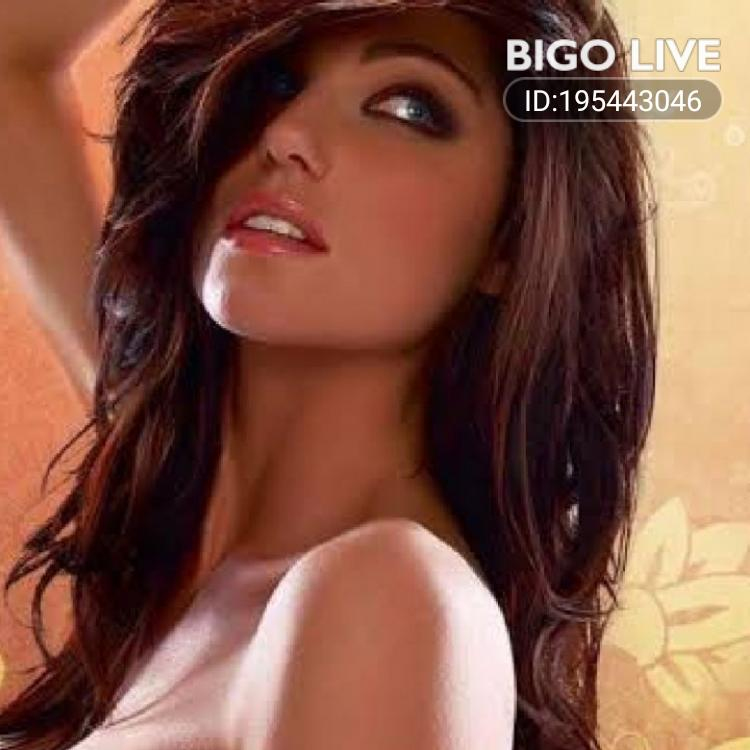 OMG! You have to see this. #BIGOLIVE.   https://t.co/giojMPuHzW https://t.co/igSpCOGMLq