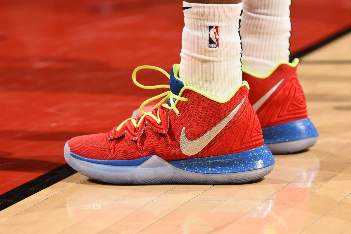 Nike Kyrie 5 iD against Toronto