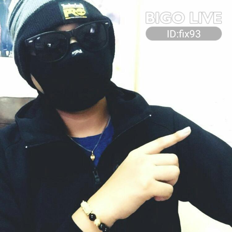 OMG! You have to see this. #BIGOLIVE.   https://t.co/brKzf1zi4n https://t.co/Sw8vDuy8I7