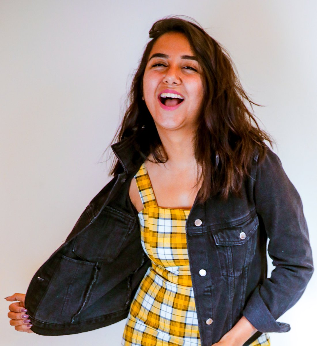 "Prajakta Koli on Twitter: ""Thank you for giving me the best 4 years of my  life so far! Happy 4th Birthday to MostlySane! #Grateful… """