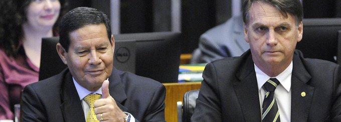 Bolsonaro a Mourão Foto