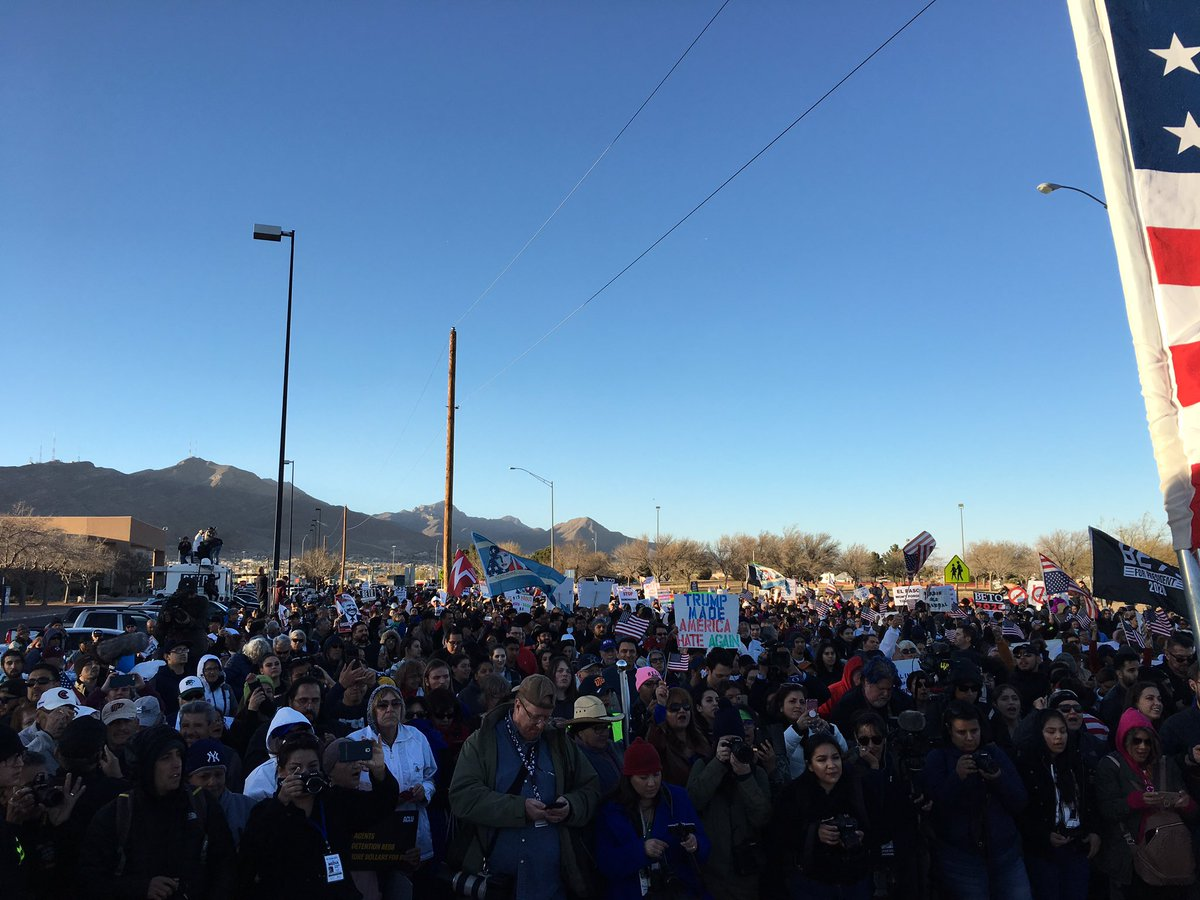 Big thanks to the Border Network for Human Rights, @WomensMarchEP, @LasAmericasIAC, @ElPasoDemocr@AHouseElPasoat@vgescobars, , , the talented musicians, and the more than 50 groups who helped us organize as we shared the truth about the border and celebrated our binational community.