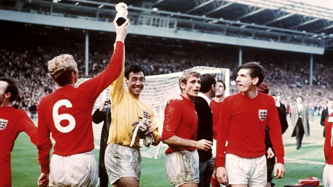 World Cup Winner & A True @England Legend! #RIPGordon