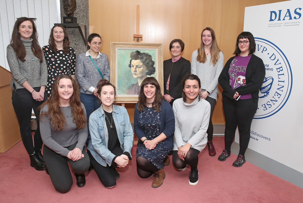 test Twitter Media - Marking yesterday's #WomenInScience day we're sharing this photo of some of the amazing scientists working here at DIAS, at the recent unveiling of our new portrait of Sheila Tinney, first female fellow at DIAS and Research Associate at @StpDias . #DIASdiscovers https://t.co/AfLixhuuRw