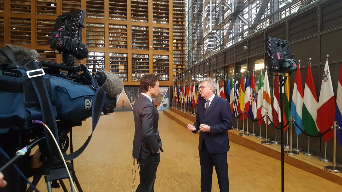 .@WillemMarx speaking to Luxembourg's Finance Minister, @pierregramegna, in Brussels for @SquawkBoxEurope  #CNBCExclusive