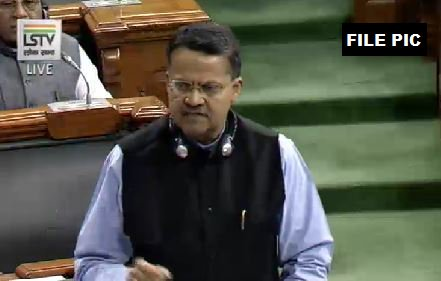 Bhartruhari Mahtab, BJD in LS earlier today: Indian passport holder didn't take approval of govt or RBI before companies, in which the person, his wife&family friends have controlling&beneficial interest,opened bank accounts in tax haven of Nassau, Bahamas&I'm talking abt J Panda