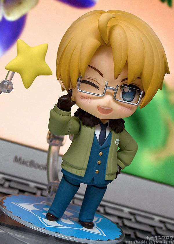 """Kahotan takes a look at Nendoroid USA from """"Hetalia: World☆Stars""""! He'll be available for preorder from the 15th of February (Fri)! Check out the blog below for more details!  http://hs.goodsmile.link/S51M50lb6qP  #hetalia #nendoroid #goodsmilecompany"""