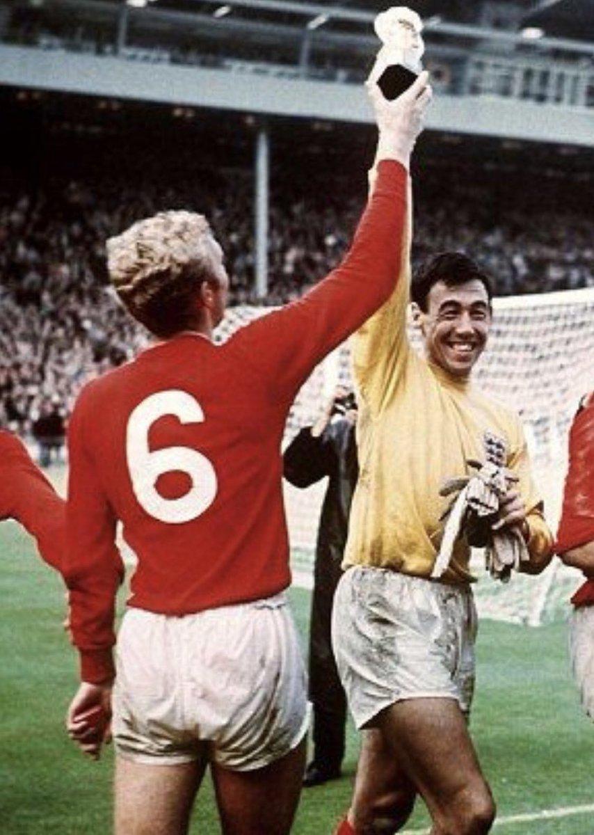 A true goalkeeping legend! RIP Gordon Banks. 🙏🏼❤️