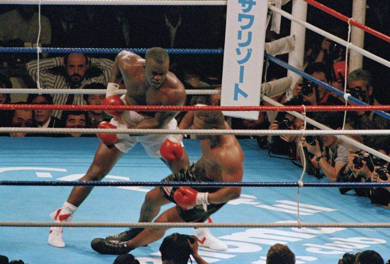 Mike Tyson was the most overrated athlete who ever lived so let's stop calling loss to Buster Douglas the greatest upset in boxing history https://t.co/UxQZHepnhD  @OysterBayBomber