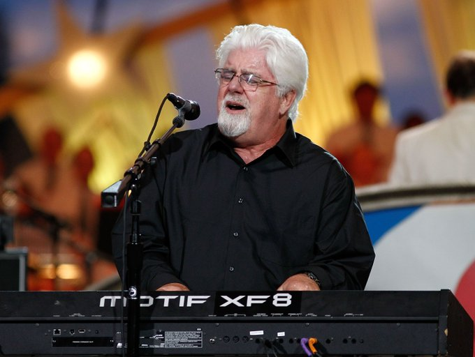 Happy birthday Michael McDonald! One of the best voices of all time...