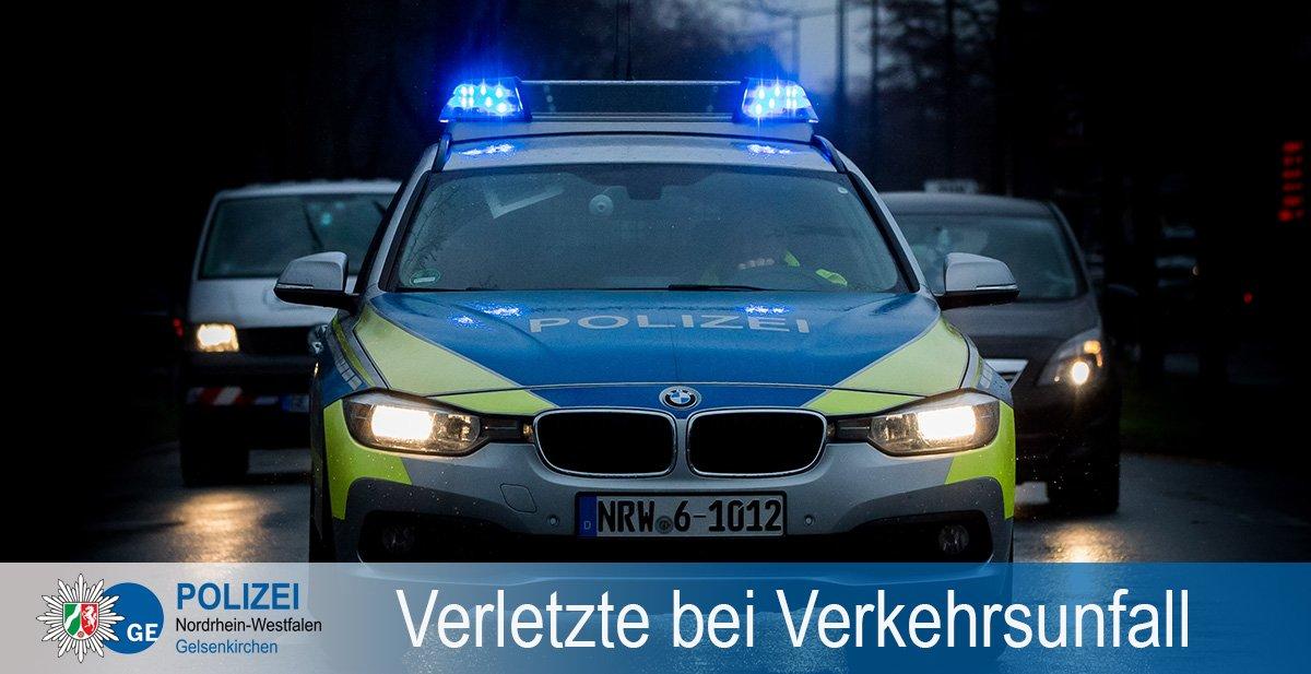 Polizei NRW GE's photo on rettungswagen