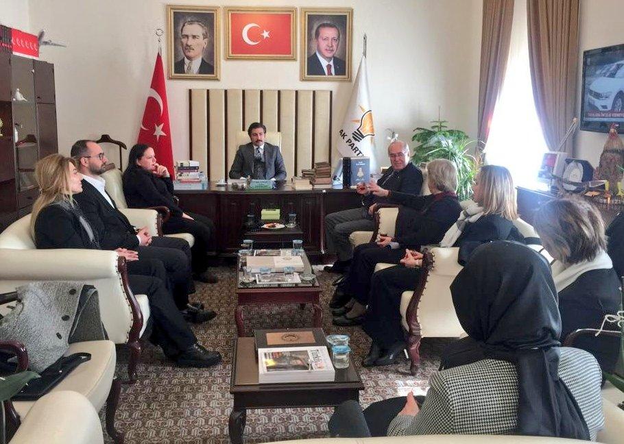 Denizli Milletvekilimiz @Nilgun_OK ile birlikte Özel Çocukları Koruma Derneği Başkanımız Ayten Bahtiyar, Yönetim Kurulu Üyeleri Cansel Özdemir, Derya Tosunoğlu ve Nazan İnceoğlu'na nazik ziyaretlerinden dolayı teşekkür ediyorum.
