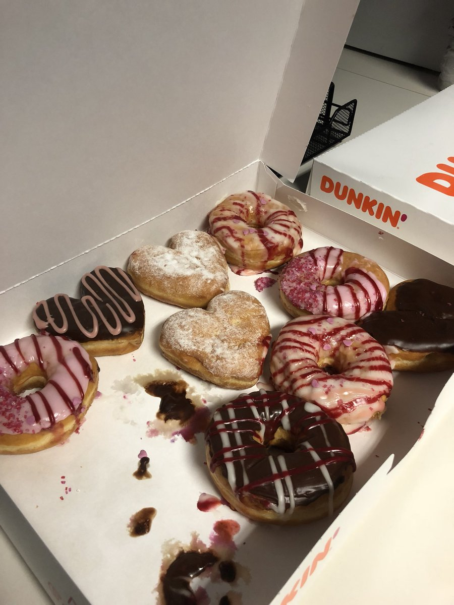 I said NO to these @dunkindonuts on day 9 of the 10-Day Challenge! #12News #Sweets #sugar #10daychallenge