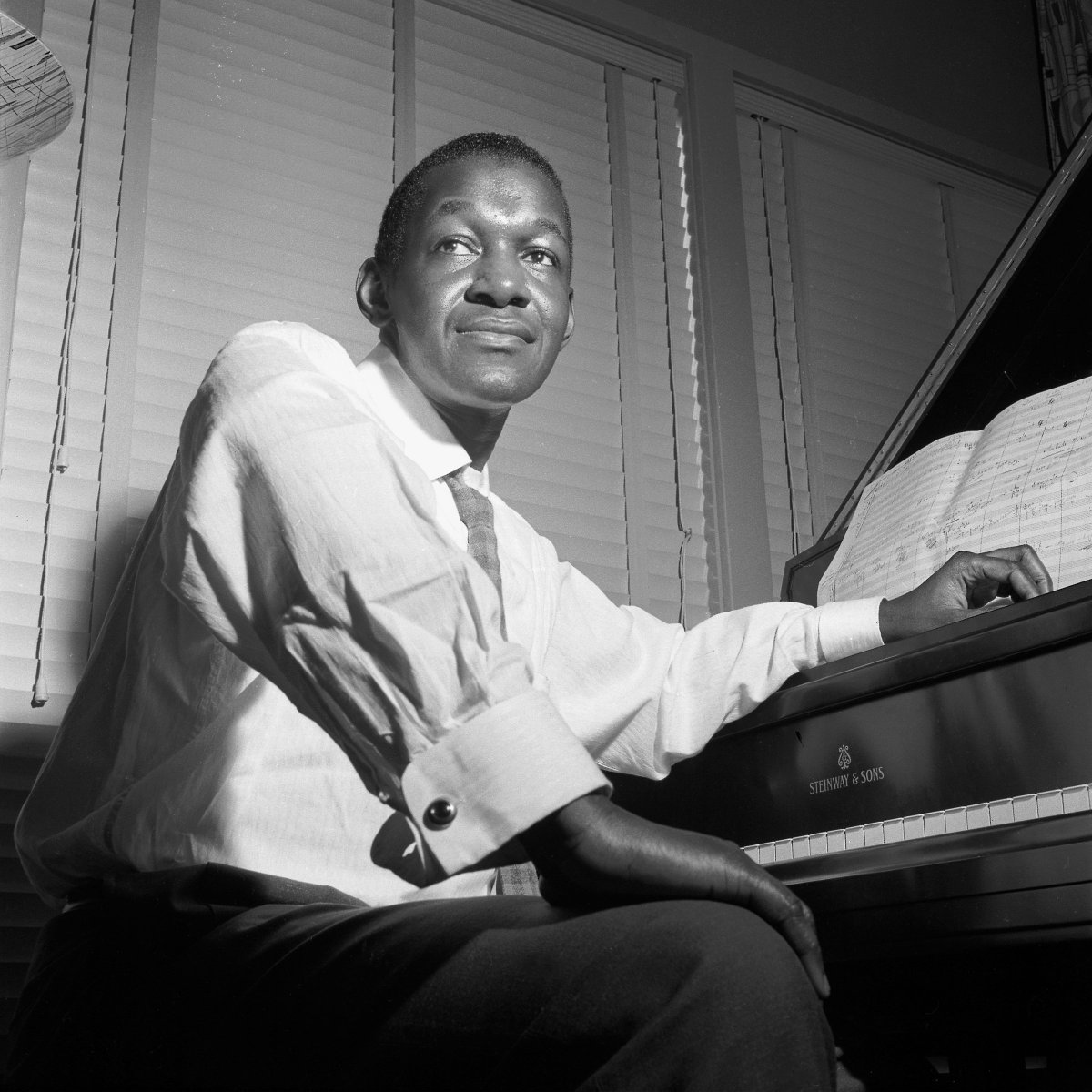 2019 marks the centennial of the brilliant pianist & composer #HerbieNichols whose Blue Note albums are underrated classics of our catalog. Hear 'Applejackin'' on #TheBlueNoteMonthly https://t.co/IMtyTx8h1C  Explore his 'Complete Blue Note Recordings'  https://t.co/p2HmaxEQue
