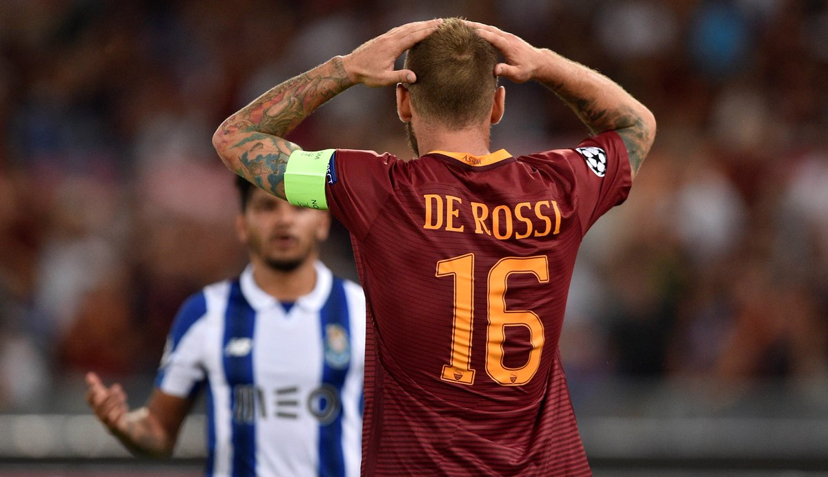 🗓️ The last time these sides met was back in 2016:  ⚽️1st Leg: Porto 1 – 1 Roma and 1 Red card ⚽️ 2nd Leg: Roma 0 – 3 Porto and 2 Red cards  ➡️ Predict the final score and if there will be any red cards?  #UCL | #ASRoma | #FCPorto |