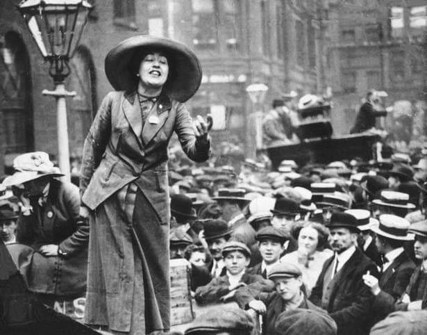 lucha de las mujeres en 1882