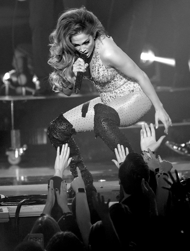 #JLEGEND I'm so proud of @JLo performing at the Grammys.  SHE KILLED THE STAGE!!! #GRAMMYs #Grammy2019 <br>http://pic.twitter.com/8RZSlXL5Vs