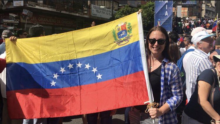 @truthandfiction: Yeah I'm getting into it #venezuela #12feb https://t.co/Yo8rv7hKnF