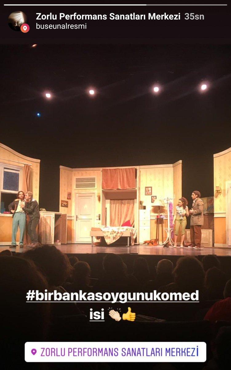 Bu akşam @ZorluPSM'de sahnelenen #BirBankaSoygunuKomedisi oyunundan 📸 🎭 #SerhatTutumluer #SerenŞirince #BoraAkkaş #DermanÇinkılıç #BekirÇiçekdemir #KubilayÇamlıdağ #GülizGençoğlu #MertAydın #UfukTevge #ŞafakKarali #AlicanAltun #AnılAltınöz #Tiyatro  #LerzanPamir