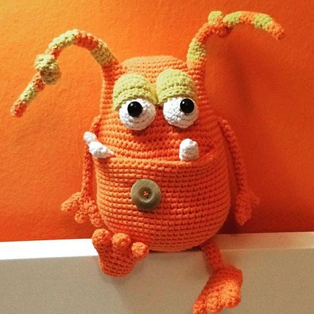 Amigurumi An Adorable Collection - 40 Heroes, Animals & Monsters ... | 640x640