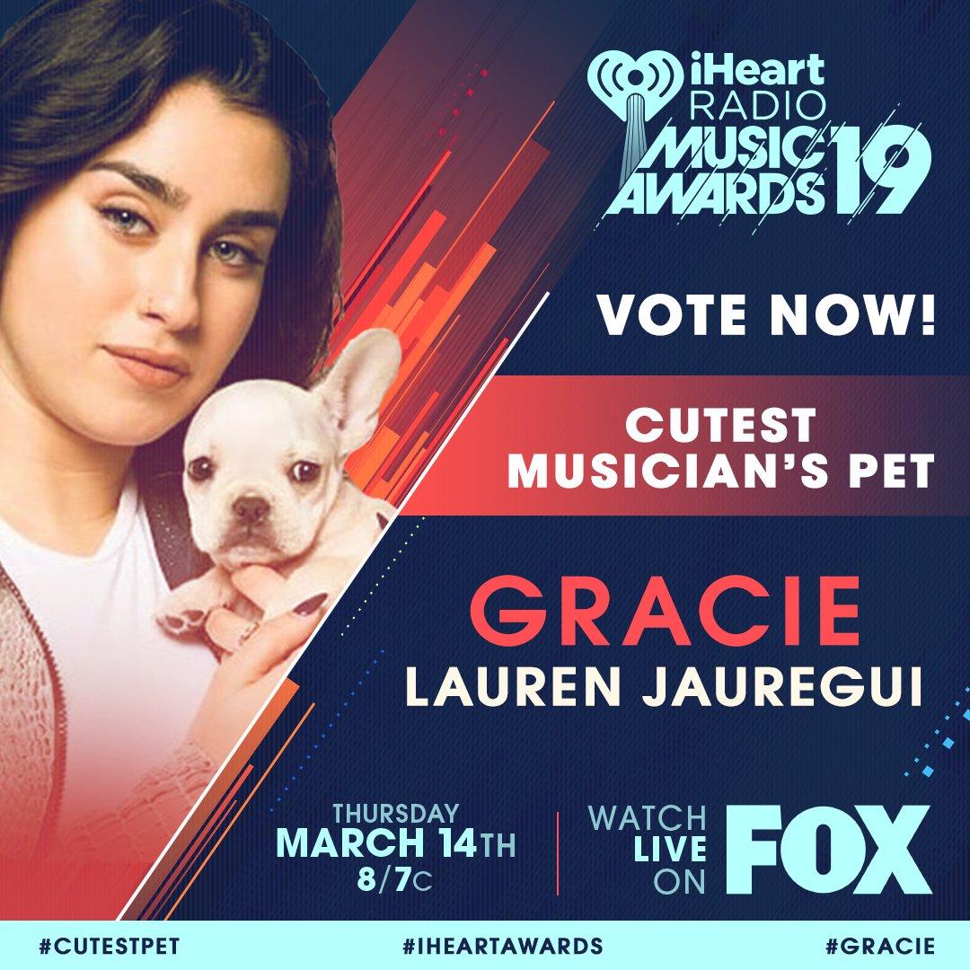 #Gracie @LaurenJauregui #CutestPet #iHeartAwards RT  VOTE: https://t.co/RqSejG2nOH https://t.co/Z8ocx1iPwU