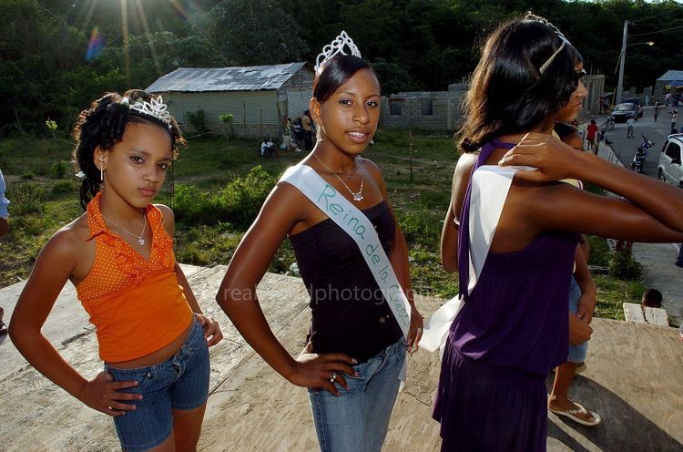 Real World Photographs on Twitter: Local women take part in a beauty pageant in Sosua, Dominican Republic. #photojournalism #realworldphotographs #women #DominicanRepublic #travelphotography #beauty #Sosua #Nikon #archive #travel #photography #people #places #garymoorephotography #pageant #travel #editorial #stock…