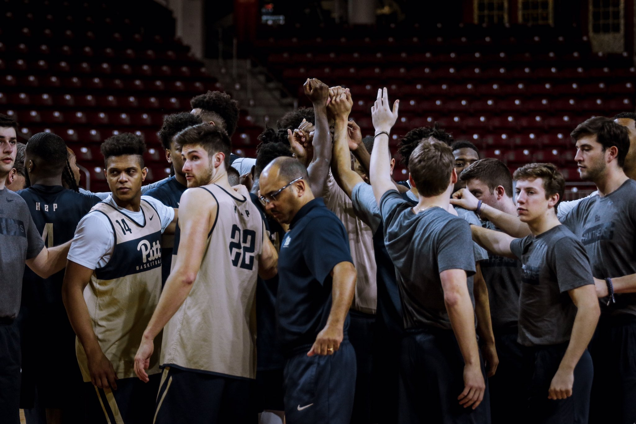 Pittsburgh Panthers NCAA Basketball: Set the scene.   #ZooEra | #H2P.  Tweet by @Pitt_MBB