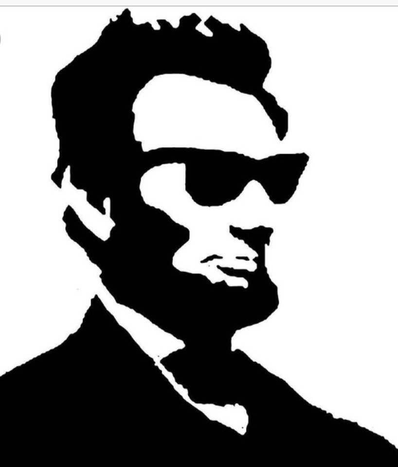 Happy Birthday, you brave American badass! The shiny penny- the shining star! #Equality #Freedom #LincolnsBirthday #13thAmendment  #ThankYou<br>http://pic.twitter.com/fokAj1l2va