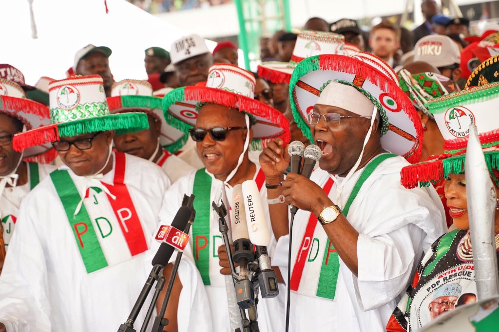"""""""The incoming president @atiku is in Lagos with the message of hope and of a better Nigeria. AtikuObi will give us a Better leadership. We can't afford another 4 years of house of commotion"""" #AtikuInLagos #BetterNigeria #AtikuObi2019 #YourVoteCounts<br>http://pic.twitter.com/xTNoo7h3Z3"""