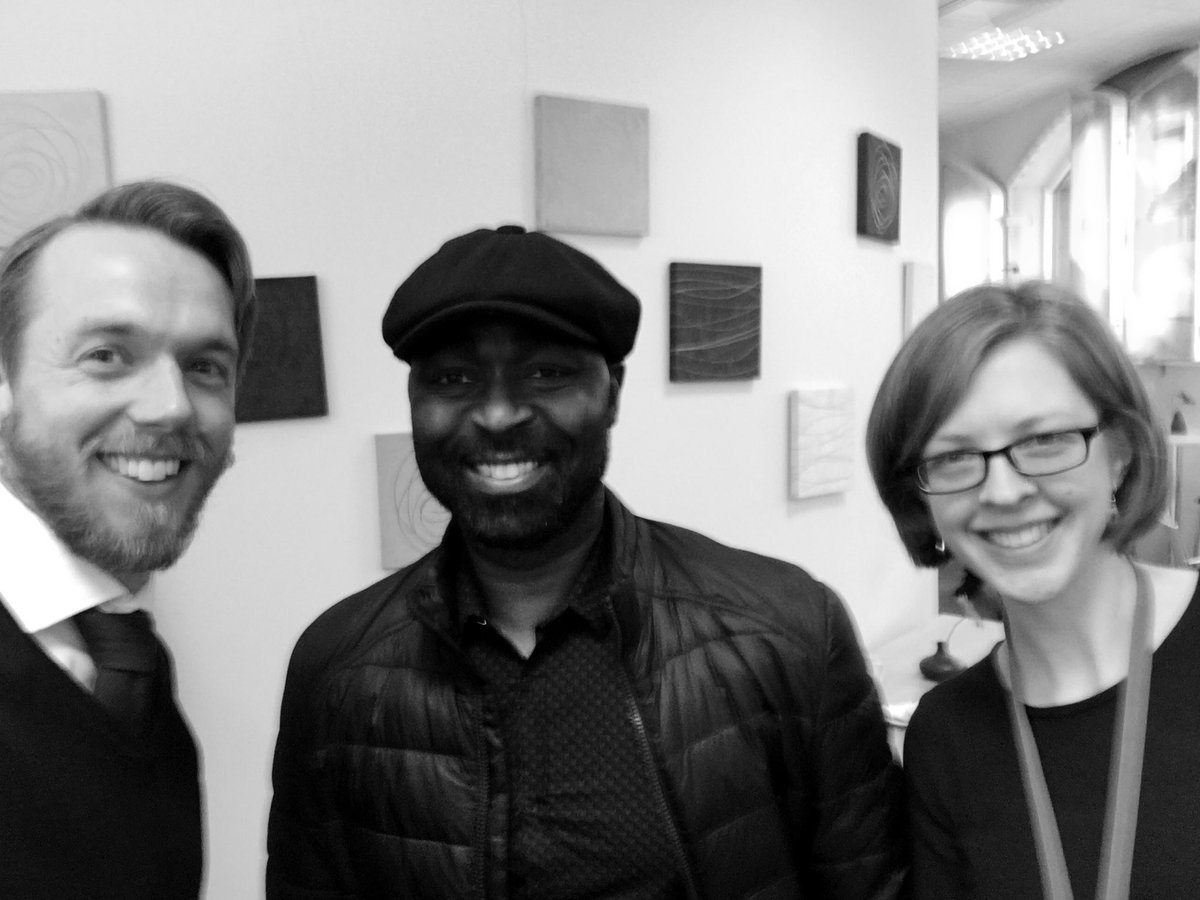 It was brilliant meeting @vancole9 today and presenting #research from @BristolUni about how #kidney failure affects the lives of #youngadults  @cranford59 @Kidney_Research @BristolRenal @BRSYoungAdults